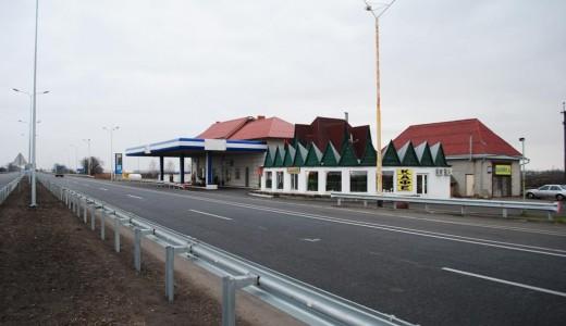 Магазин автозапчастей, автомойка, гостиница на трассе М53 г. Ачинск