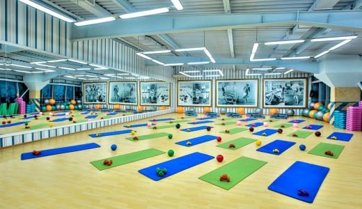 Известный фитнес клуб для женщин