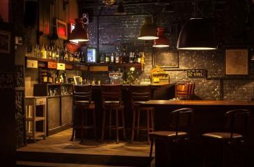 Бистро-бар с высоким трафиком