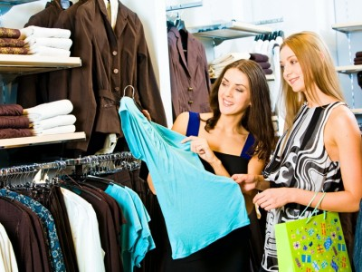 Магазин женской одежды в ТЦ окупаемостью полгода