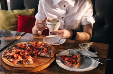 Пиццерия + доставка готовых блюд