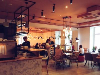 Популярное кафе в бизнес центре