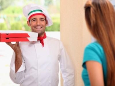 Доставка суши и пиццы с клиентской базой более 16 000 человек (продано).